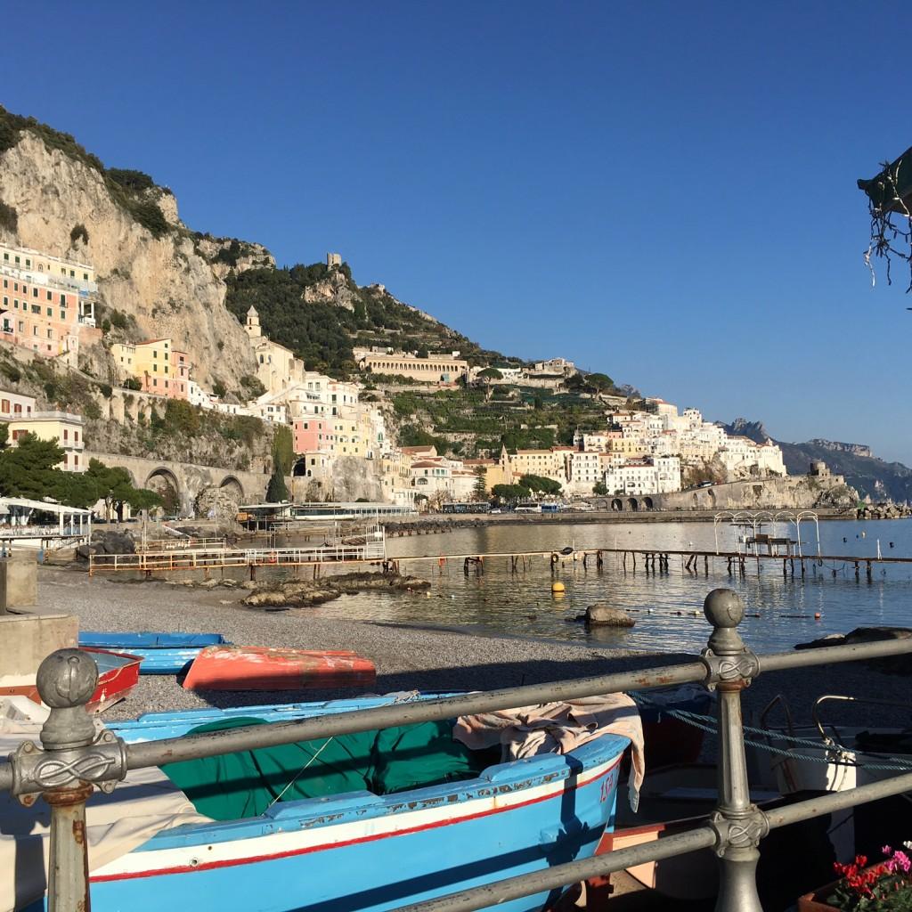 Amalfi vista dal porto